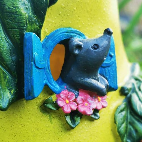 mouse in the fairy window
