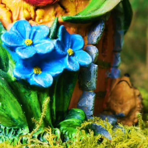 flowers by the fairy door