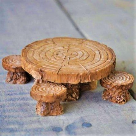fairy garden table and stools
