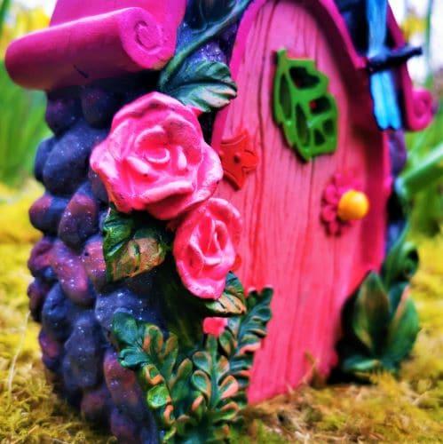solar fairy door with roses