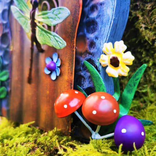 mushroom detail of door