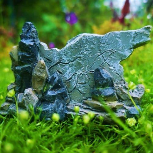 dragon sign for a mini garden