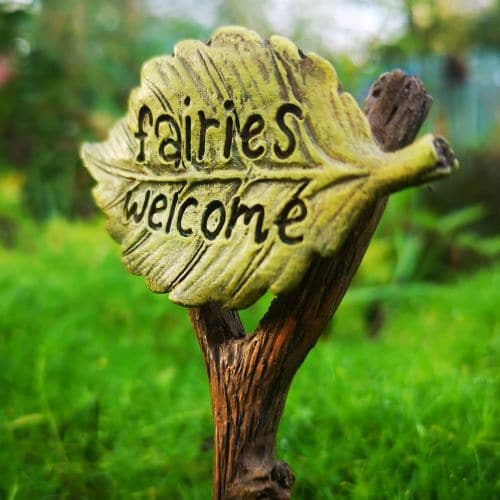 fairies welcome miniature sign
