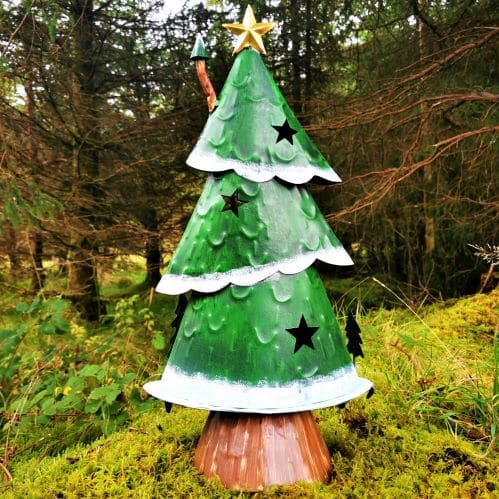 stars on xmas tree house