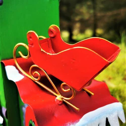 santa sleigh elf workshop