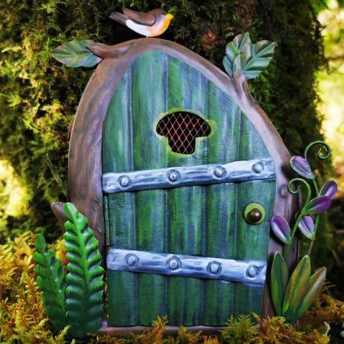 green robin fairy door