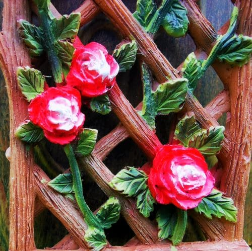 miniature rose trellis