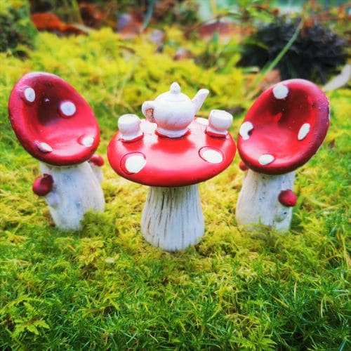 toadstool fairy furniture