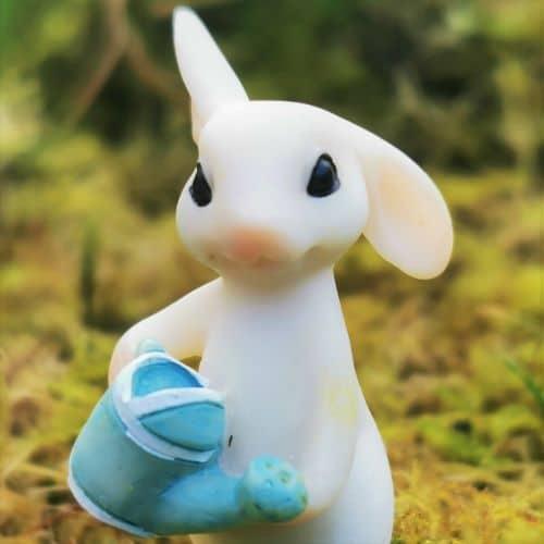 gardening rabbit ornament