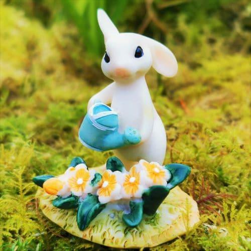 garden bunny ornament