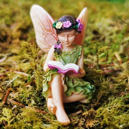 garden fairy figure