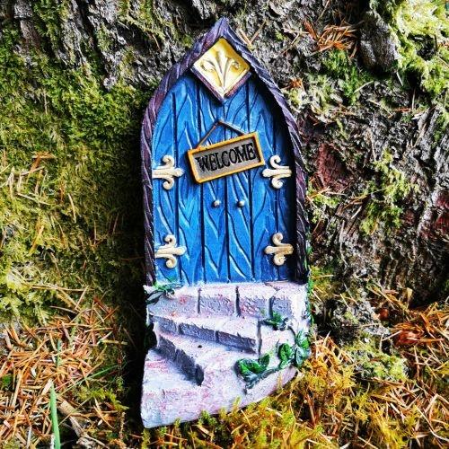 blue Irish fairy door