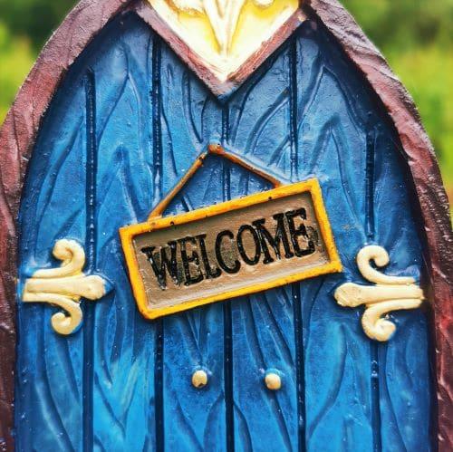 fairy door welcome sign